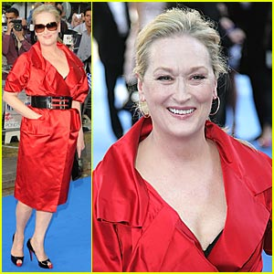 Meryl Streep Looks Mm-azing At Mamma Mia Premiere