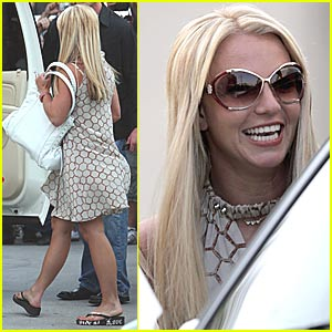 Britney Spears is a Jolly Ol' Brit