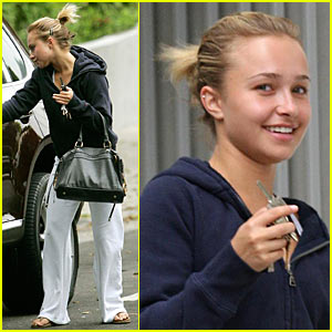 Hayden Panettiere Peeps The Parents
