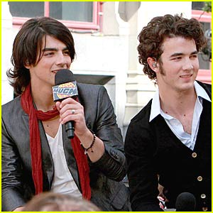 The Jonas Brothers Love MuchMusic