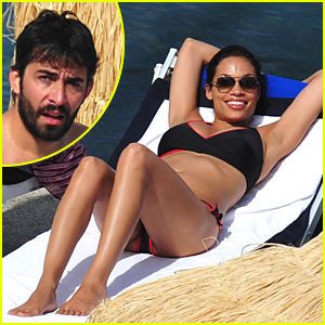 Rosario Dawson & DJ French Have Fun in the Sun