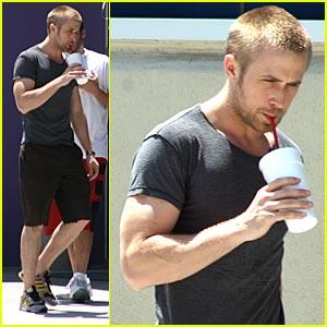 Ryan Gosling is a 24-Hour Fitness Freak