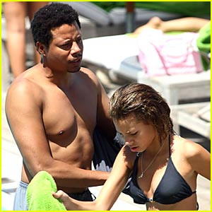 Terrence Howard is Shirtless