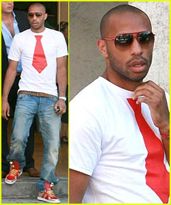 Thierry Henry Rocks a Red Tie