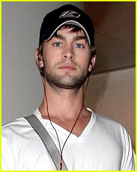 Chace Crawford Flies Solo
