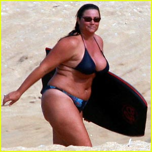 Keely Shaye Smith is a Boogie Board Babe