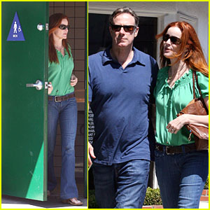 Marcia Cross Desperately Uses The Men's Bathroom