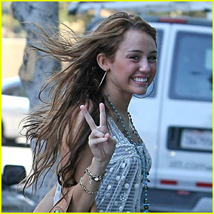 Miley Cyrus: Peace Out!