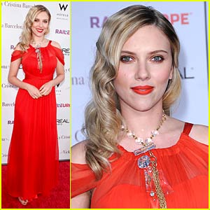 Scarlett Johansson is Cristina Barcelona