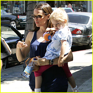 Violet Affleck's Pacific Palisades Playtime