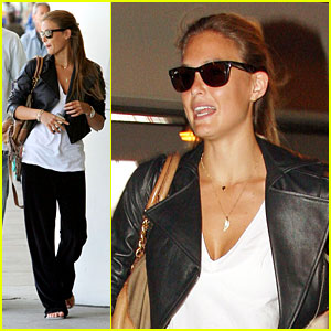 Bar Refaeli Lands At LAX