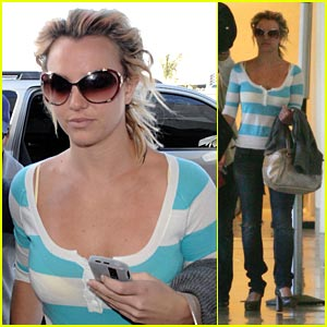 Britney Spears Elevates Womanzier