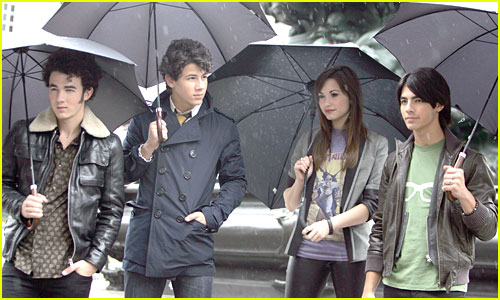 The Jonas Brothers Are Demi Lovato Lovers