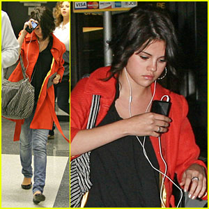 Selena Gomez is View-ing New York