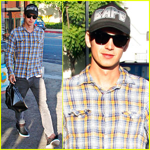 Hayden Christensen: The Plaid Prince