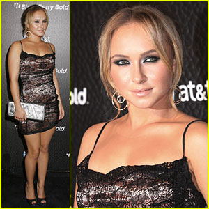 Hayden Panettiere: Bold For Blackberry