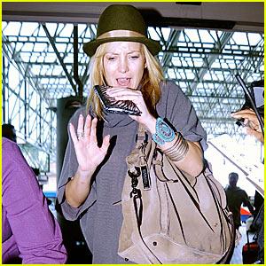 Kate Hudson Flees Paparazzi
