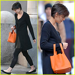 Katie Holmes is an Orange Bag Lady