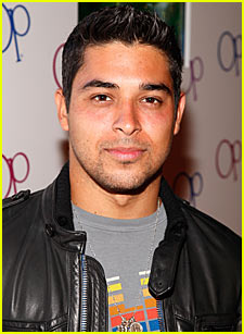 Wilmer Valderrama Interview -- JustJared.com Exclusive