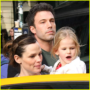 Violet Affleck is Super Scholastic