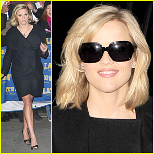 Reese Witherspoon Has Legs For Letterman