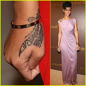 rihanna my new wrist tattoo is tribal rihanna just jared. Black Bedroom Furniture Sets. Home Design Ideas