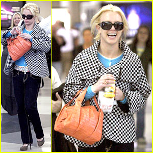 Britney Spears: Japan Bound!