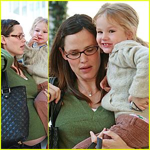 Jennifer Garner's Growing Baby Bump