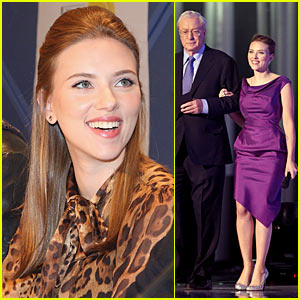 Scarlett Johansson Perks Up Peace Prize Ceremony