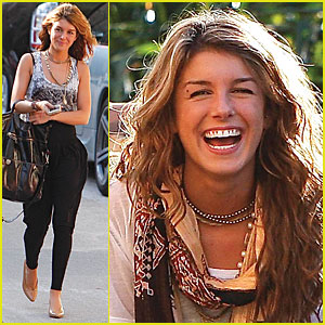 Shenae Grimes Gets Giddy