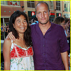Woody Harrelson & Laura Louie: Hawaii Wedding!