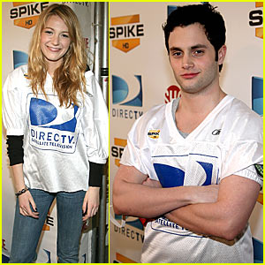 Blake Lively & Penn Badgley: Flag Football!