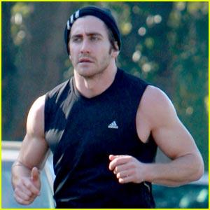 jake gyllenhaal running