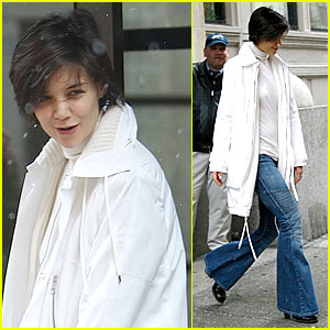 Katie Holmes Loves Her Current/Elliott Jeans