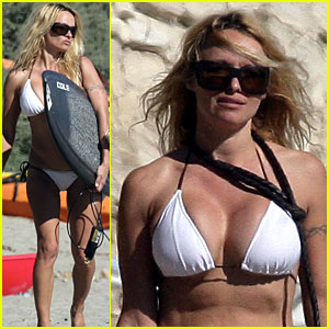 Former Baywatch actress Pamela Anderson gets more attention from ...