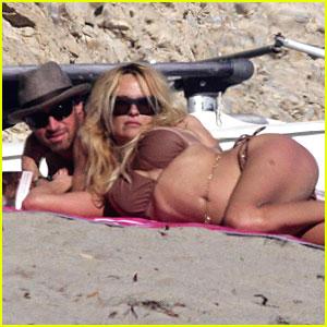 Pamela Anderson Bares Bikini (Again)