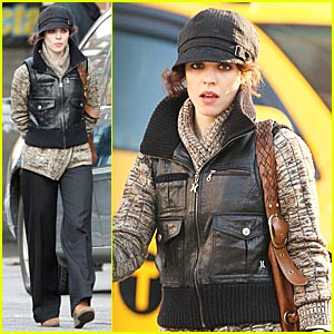 Rachel McAdams is Laundromat Lovely
