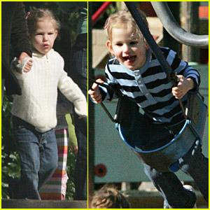 Violet Affleck Awaits Her Baby Sister