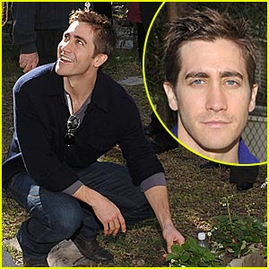Jake Gyllenhaal Goes Global
