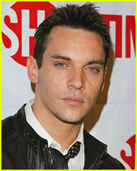 Jonathan Rhys Meyers Returns To Rehab