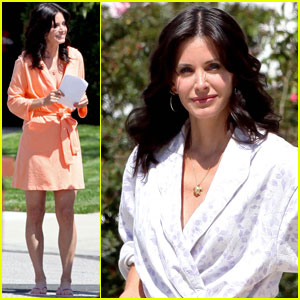 Courteney Cox is a Cougar