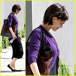 Katie Holmes is Pretty in Purple