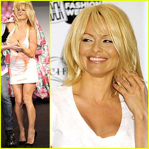 Pamela Anderson Rocks Richie Rich