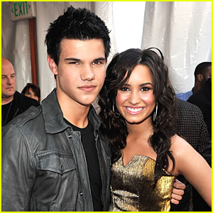 Taylor Lautner - 2009 Kids' Choice Awards