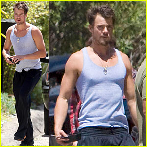 Josh Duhamel is Tank Top Tough