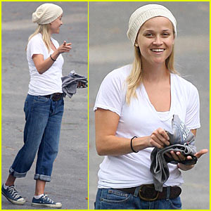 Reese Witherspoon Shines Beanie Bright