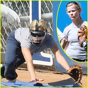 Reese Witherspoon: Softball Training Day