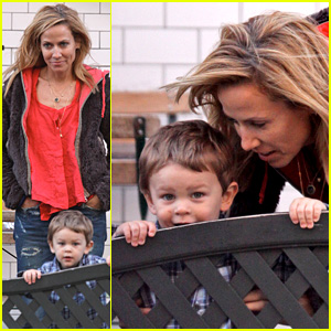 Sheryl Crow is Playful at Pastis