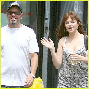 Amber Tamblyn & David Cross: Kissing Couple
