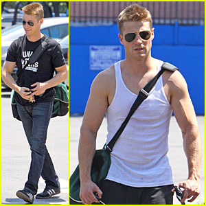 Ben McKenzie is a Work-Out Wonder